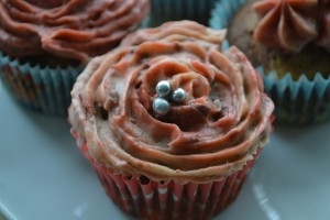 marmer rozen cup-cakes (3)