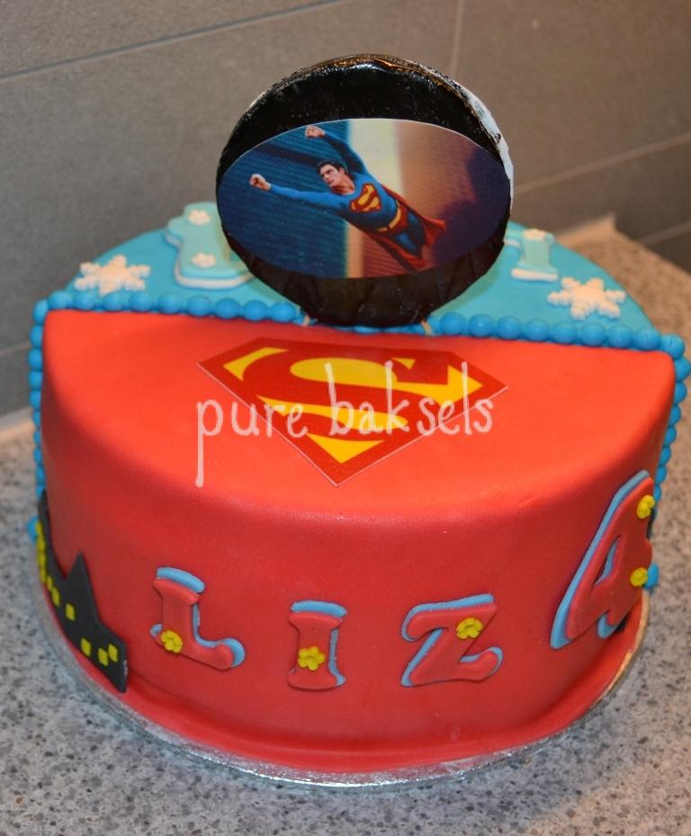 frozen-superman-taart-1
