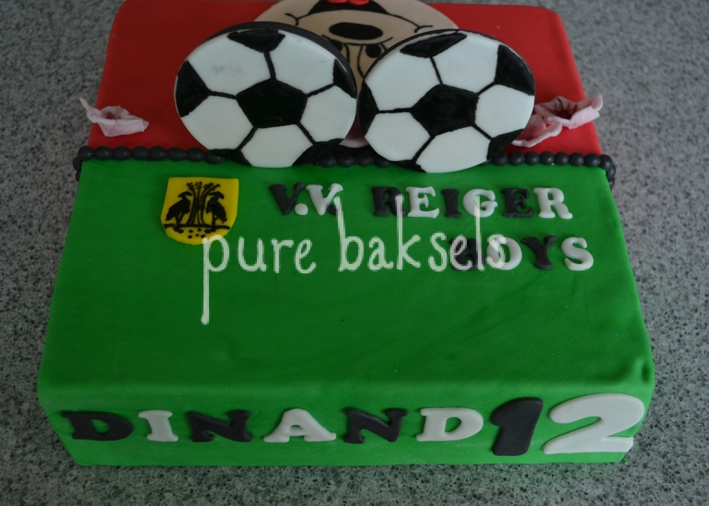 minnie-mousse-voetbal-taart-5